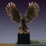 Small Full Winged Eagle Sculpture