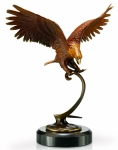 Flying Eagle Sculpture