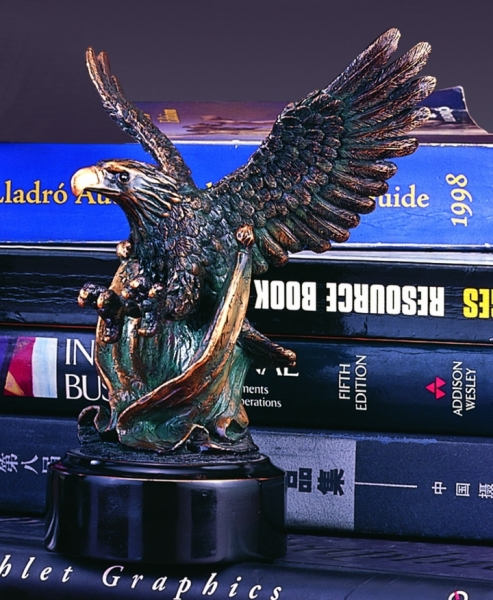 "7"" Eagle Sculpture"