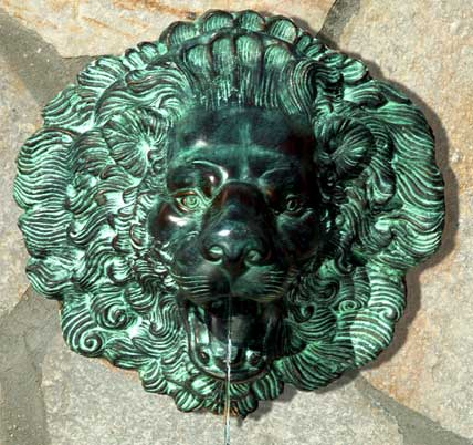 Large Lion Face Spouting Wall Plaque Fountain